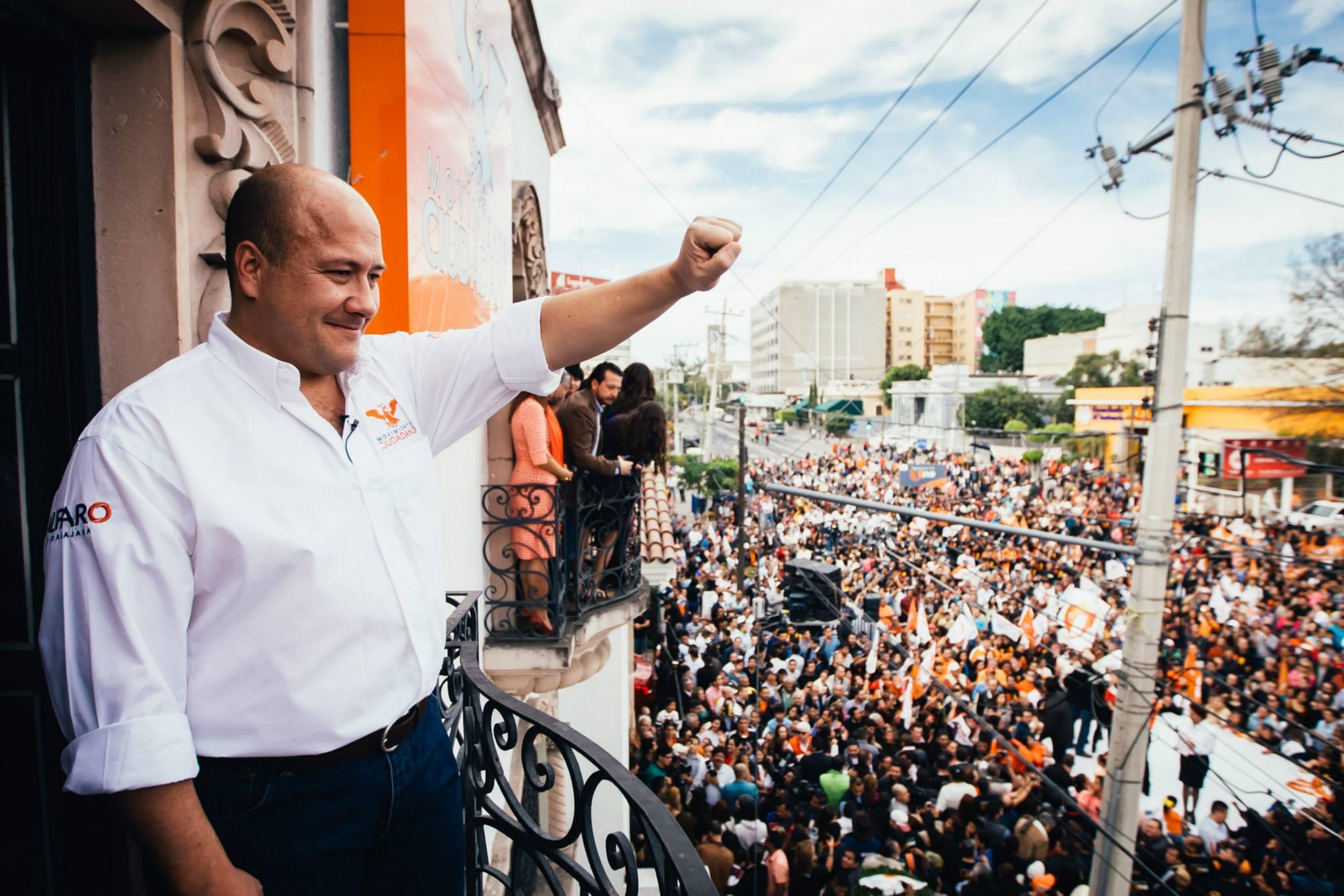 Denuncia Enrique Alfaro amenazas de agentes de la Fiscalía de Jalisco